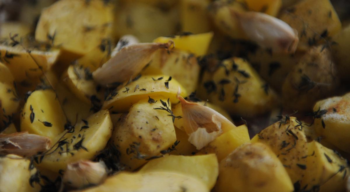 Печени картофи с мащерка