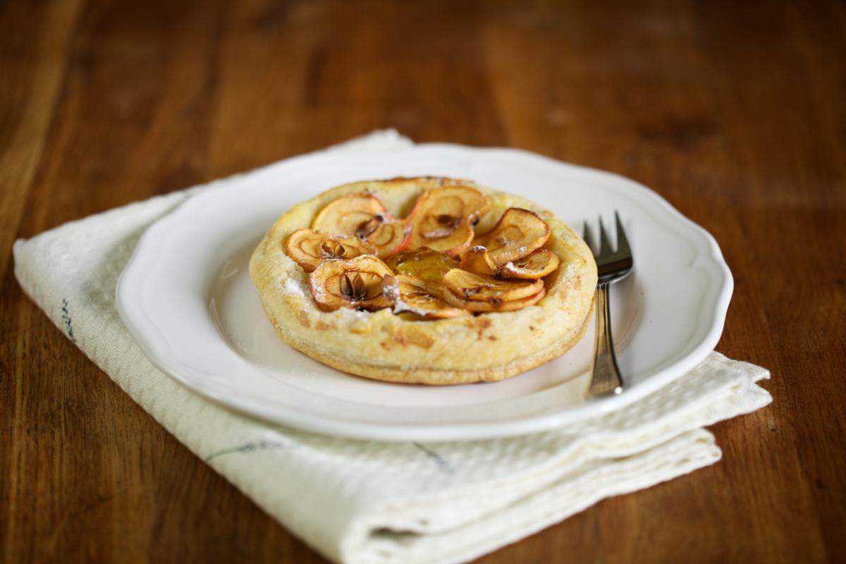 Закуска-тарталета с диви ябълки